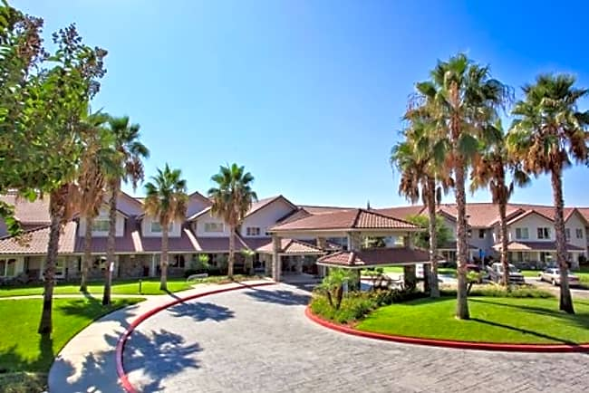 Valencia Commons Independent Retirement Living - Rancho Cucamonga, California 91701