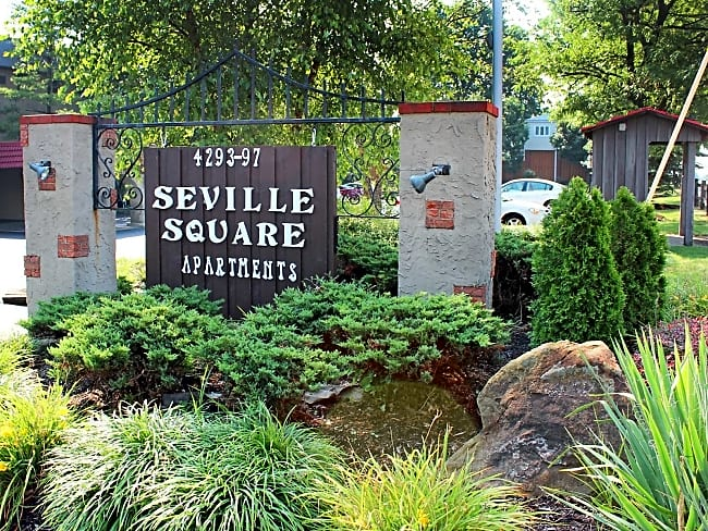 Seville Square - Pittsburgh, Pennsylvania 15221