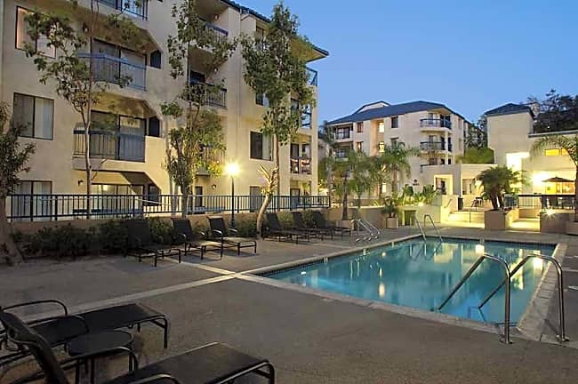 Marbrisa Apartments - Long Beach, California 90815