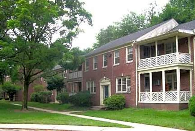 Pleasant Valley Apartments - Moorestown, New Jersey 08057