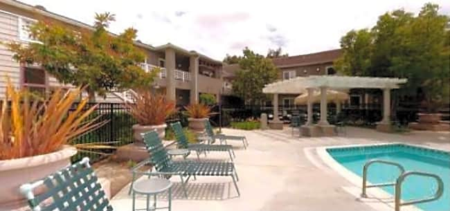 Inn at Woodbridge-Senior Independent Living - Irvine, California 92604