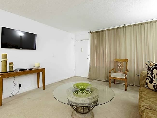 Set Point Apartments - Fort Lauderdale, Florida 33334