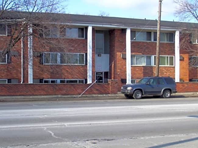 Greenbriar Park Apartments - Detroit, Michigan 48227