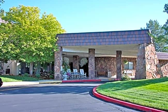 Chateau de Boise Independent Retirement Living - Boise, Idaho 83704