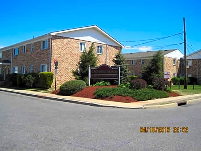 Crossroad Manor Apartments - Lakewood, New Jersey 08701