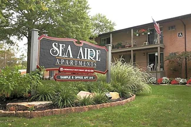 Sea Aire and Mystic Point Apartments and Townhomes - Somers Point, New Jersey 08244