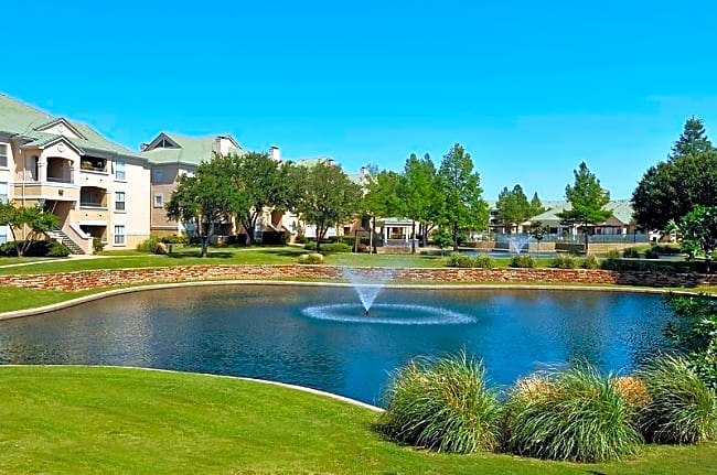 Lakeview at Parkside - Farmers Branch, Texas 75244
