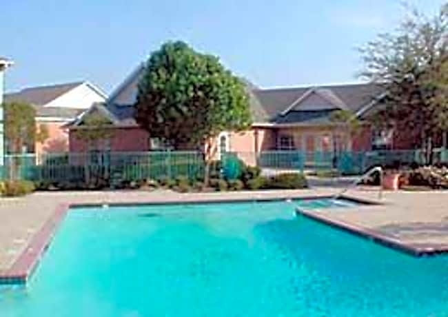 Garden Gate Apartments - Plano, Texas 75023