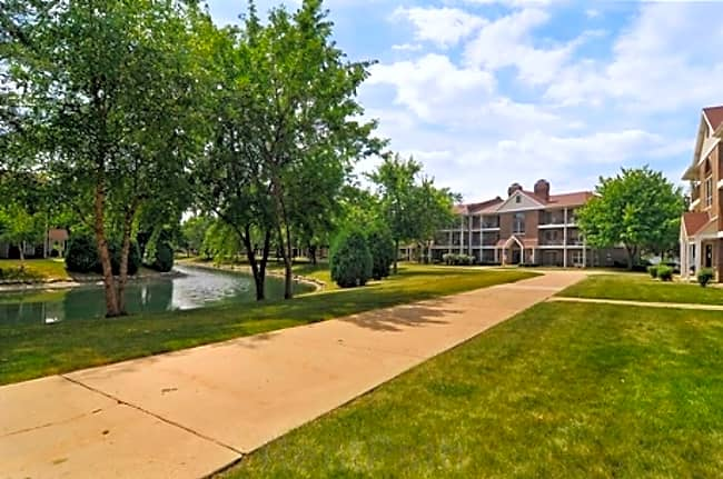 Mansions Apartments - Arlington Heights, Illinois 60005