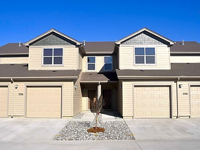 College Park Townhomes - Gillette, Wyoming