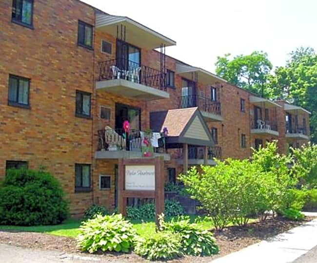 Poplar Apartments - Pittsburgh, Pennsylvania 15205