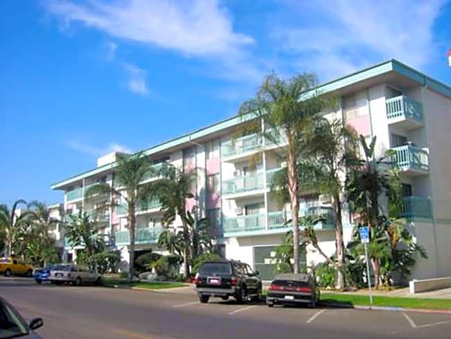 Linden Plaza Apartments - Long Beach, California 90807