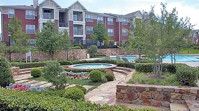 The Grand Courtyards - Grand Prairie, Texas 75052
