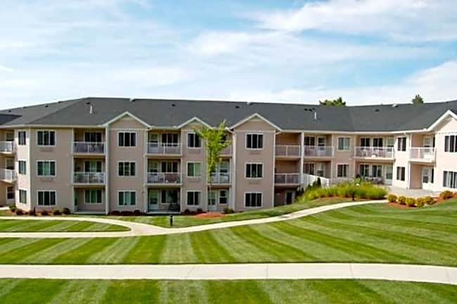 Maple Suites Independent Retirement Living - Dover, New Hampshire 03820