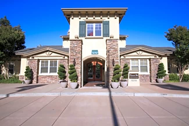 Emerald Park Luxury Apartment Homes - Dublin, California 94568