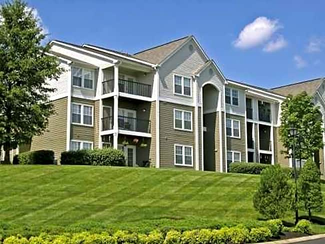 The Overlook Apartments - Nashville, Tennessee 37013