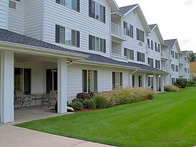 Essex House Independent Retirement Living - Lemoyne, Pennsylvania 17043