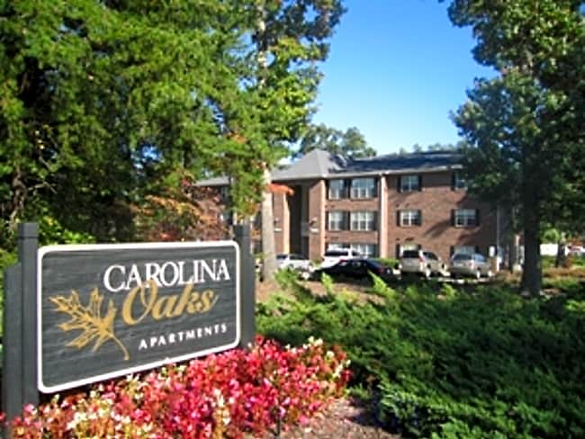 Carolina Oaks - Greensboro, North Carolina 27407