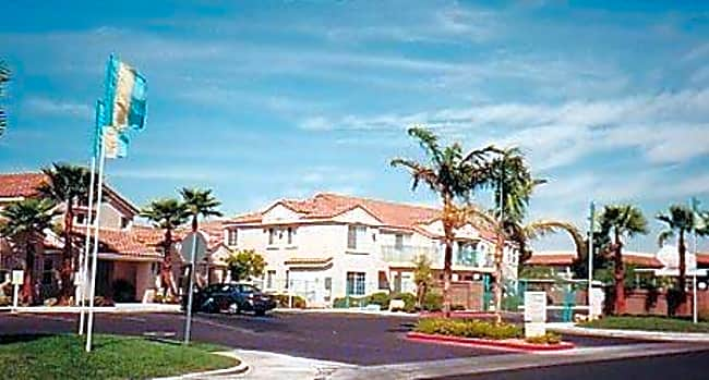 Versailles Apartments - Las Vegas, Nevada 89102
