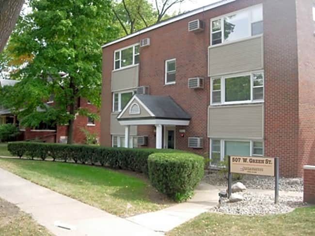 Green Street Apartments - Champaign, Illinois 61820