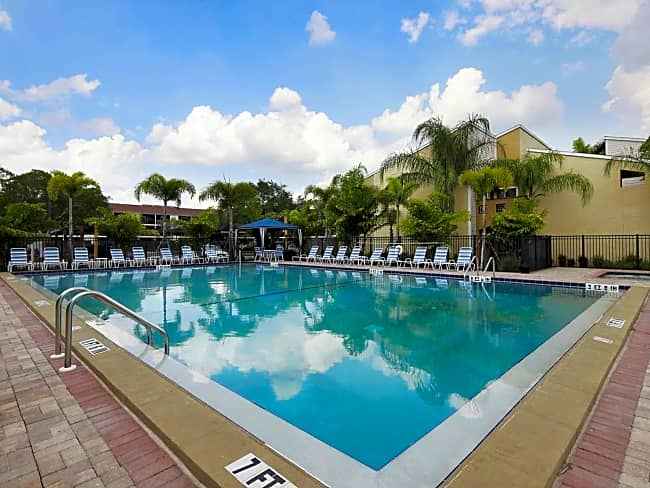 Fountain Lake Apartments - Bradenton, Florida 34207