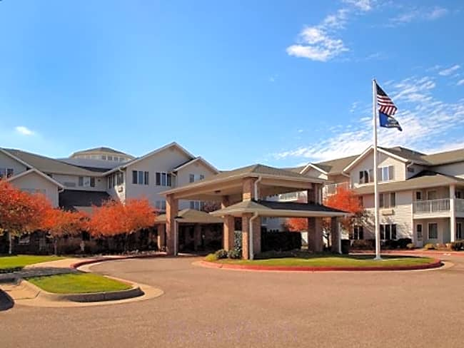 Grasslands Estates Independent Retirement Living - Wichita, Kansas 67212