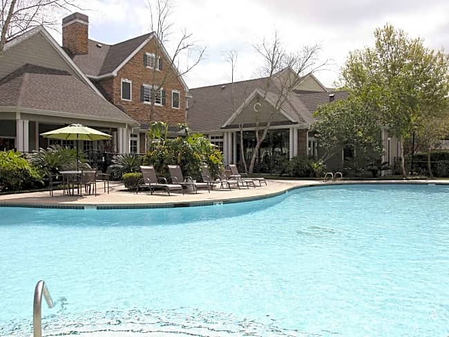 The Lodge At Baybrook Apartments - Friendswood, Texas 77546