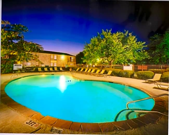 8500 Harwood Luxury Apartment Homes - North Richland Hills, Texas 76180