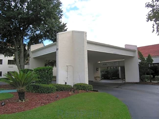 Ormond In The Pines Independent & Assisted Retirement Living - Ormond Beach, Florida 32174