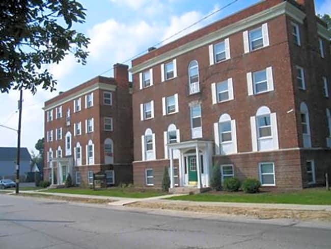 Milverton Apartments - Cleveland, Ohio 44120