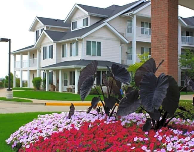 Boone Landing Independent Retirement Living - Columbia, Missouri 65201