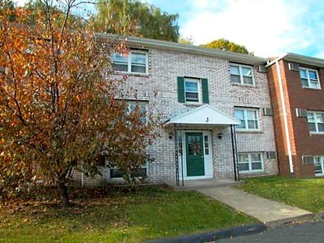 Van Deene Manor Apartments - West Springfield, Massachusetts 01089