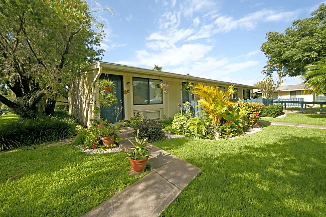 Mango Way - Homestead, Florida 33033