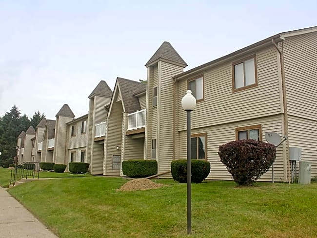 Orchard Apartments - Porter, Indiana 46304