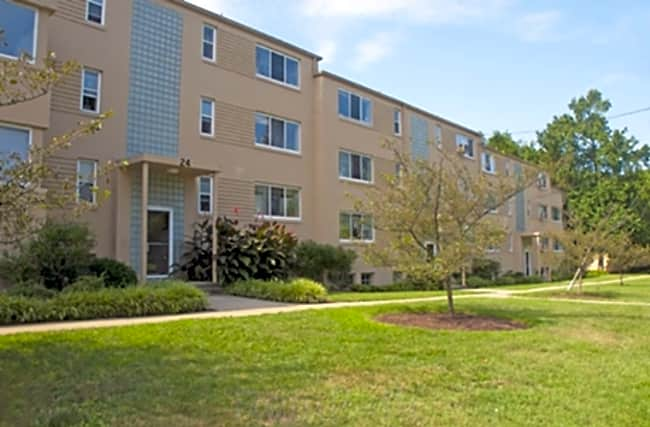 Lawrence Apartments - Greenbelt, Maryland 20770