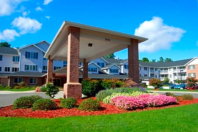 Colonial Harbor Independent Retirement Living - Yorktown, Virginia 23692