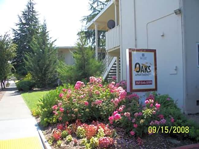 The Oaks Apartment - Santa Rosa, California 95401