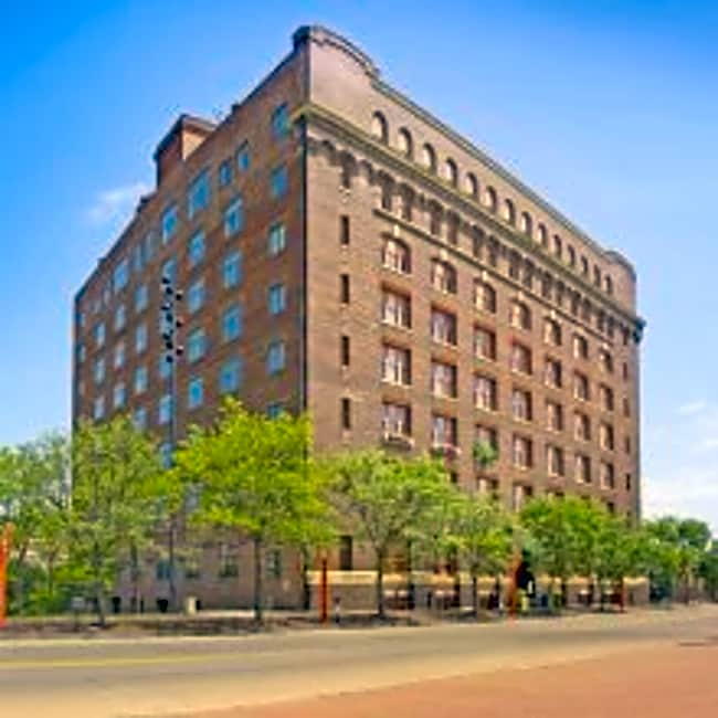 The Greenhouse Apartments - Omaha, Nebraska 68102