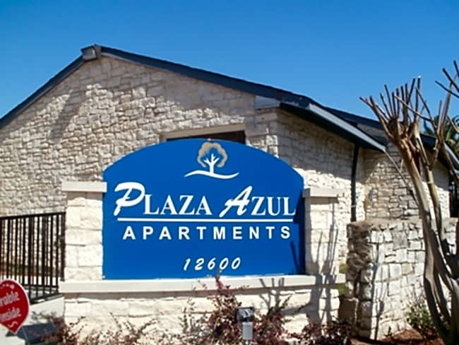Plaza Azul Apartments - Houston, Texas 77099