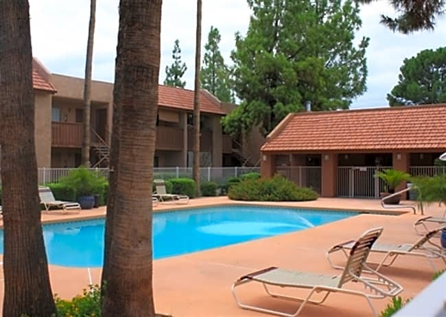 Oakridge Apartments - Phoenix, Arizona 85053
