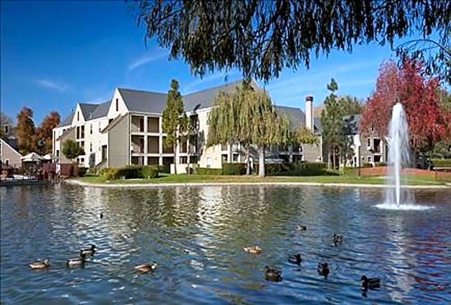 Riva Terra Apartments at Redwood Shores - Redwood City, California 94065