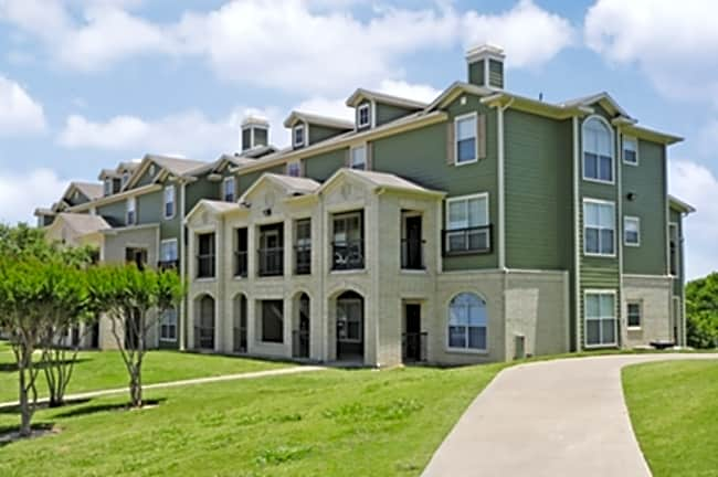Bent Tree Townhomes - Waxahachie, Texas 75165