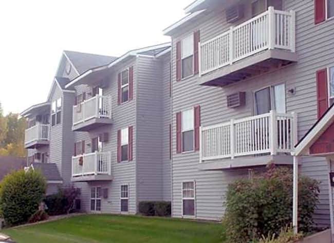 Brookmeadow Apartments - Grandville, Michigan 49418