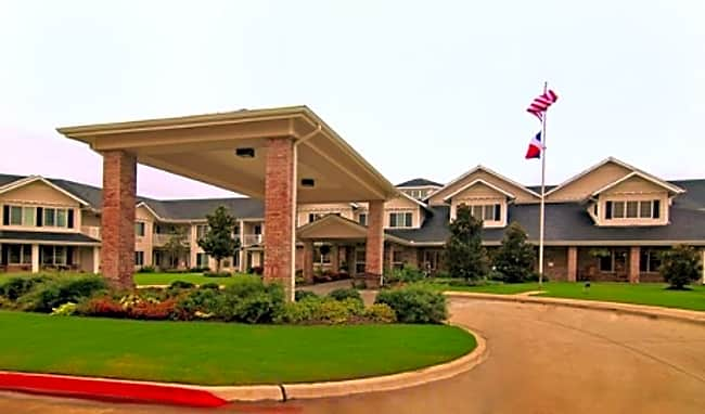 Pinewood Hills Independent Retirement Living - Flower Mound, Texas 75028