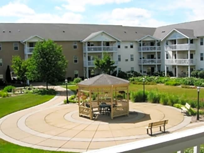 Rosewood Villas - Senior Housing 55 and up - Madison, Wisconsin 53717