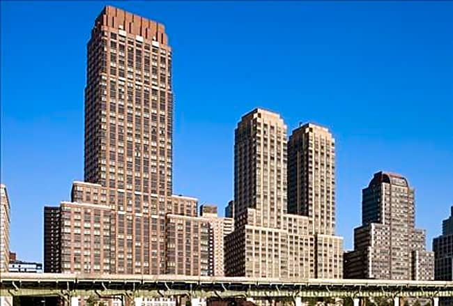 Trump Place - 180 Riverside Blvd - New York, New York 10069