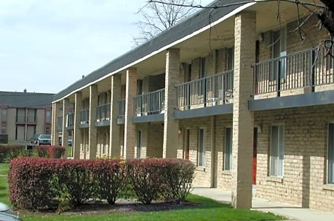 Tall Oaks Apartments - Columbus, Ohio 43224