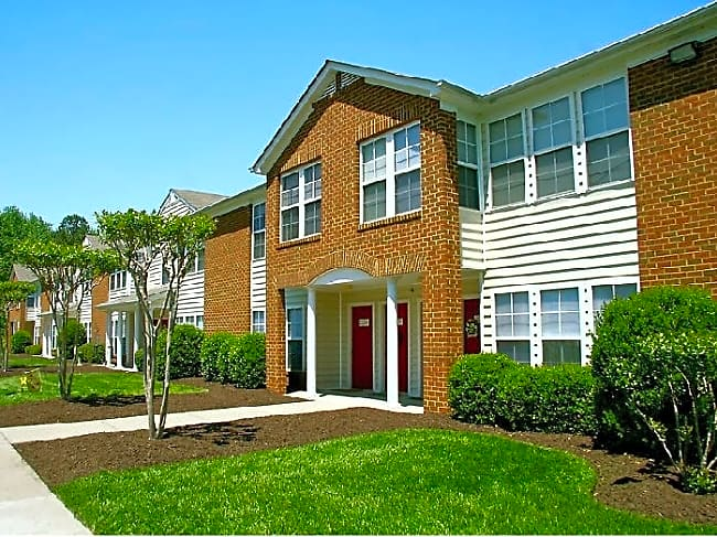 Chesterfield Gardens - Chester, Virginia 23836
