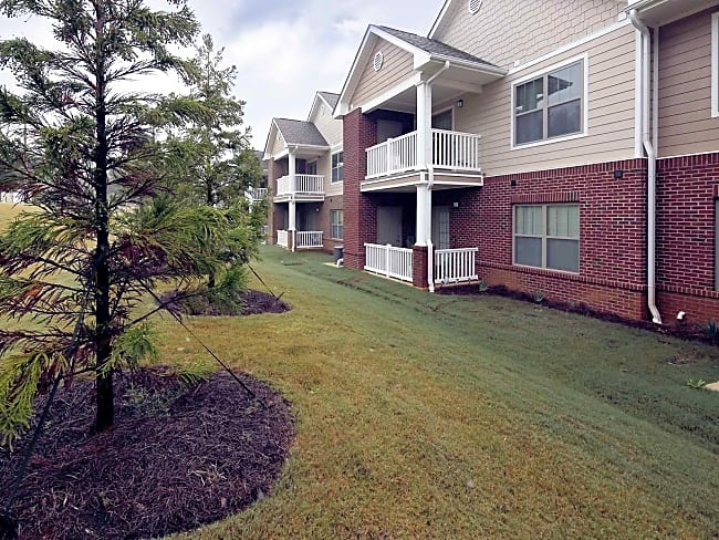 Franklin Hills Apartment Homes-55+Active Senior Community - Huntsville, Alabama 35808
