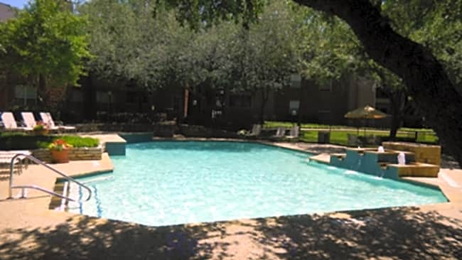 Huntington Glen Apartments - Bedford, Texas 76021